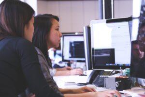 working-woman-technology-computer-7374